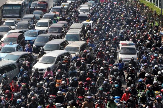 5 Komponen Mobil yang Bekerja Ekstra Saat Kondisi Jalanan Macet