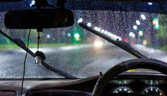 3 Tips Berkendara Nyaman Ketika Turun Hujan Lengkap Do'a Mustajabnya