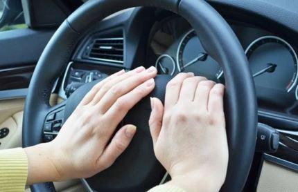5 Penyebab Klakson Mobil Mati Lengkap Cara Mengatasinya